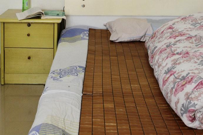 舒适温馨简约风格卧室设计效果图