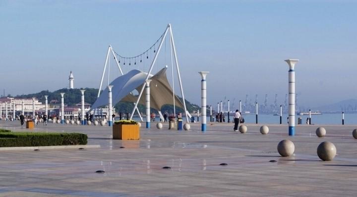 城市海滨广场设计效果图