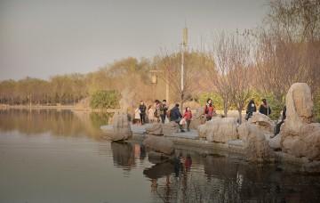 公园湖边设计效果图案例0