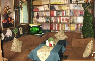 咖啡厅室内雅座装修装饰效果图