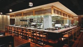 日式酒吧吧台装修设计图欣赏