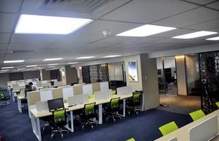 公司员工办公区装修设计图片欣赏