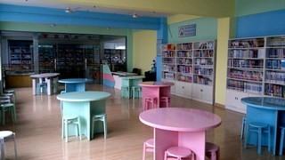 学校图书馆阅览室装修效果图