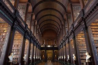 国外古典图书馆装修设计效果图