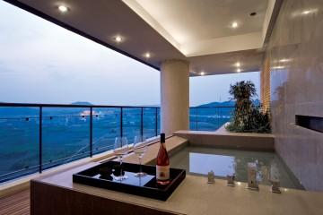 低调大气现代风格海景别墅装修效果图