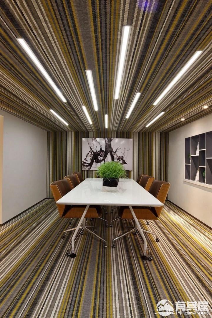 办公空间现代简约风格设计效果图