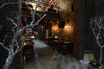 隆福花园Loft风格韩国啤酒屋装修效果图2