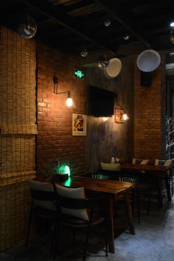 隆福花园Loft风格韩国啤酒屋装修效果图