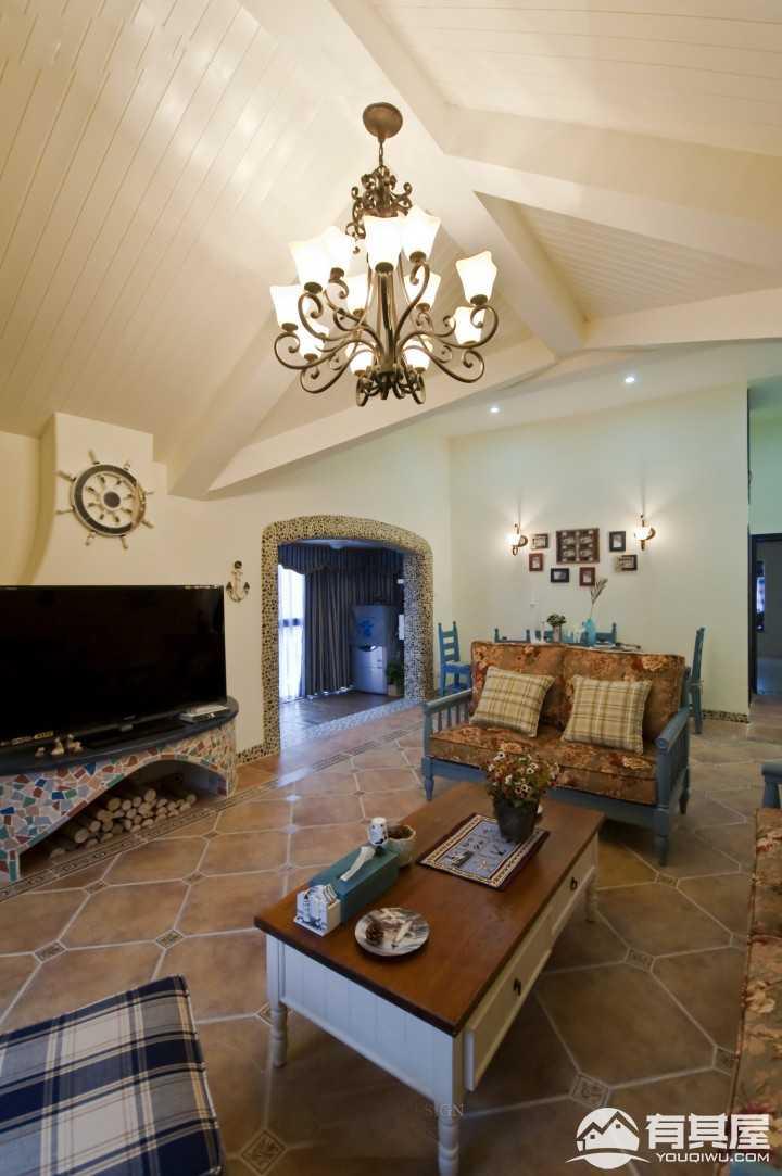 悠闲温暖地中海风格三居室装修案例
