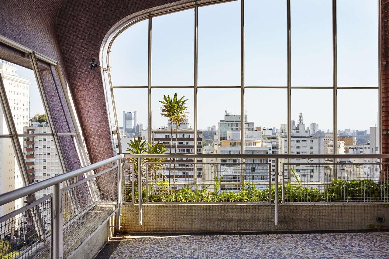 现代革新主义装修效果图 位于屋顶的380㎡高档豪宅