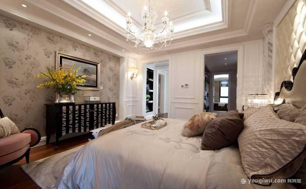 欧式风格卧室装修效果图—龙桦装饰
