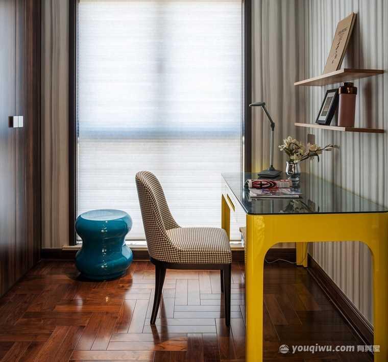 国际社区107平米三居室质感欧式风格装修效果图
