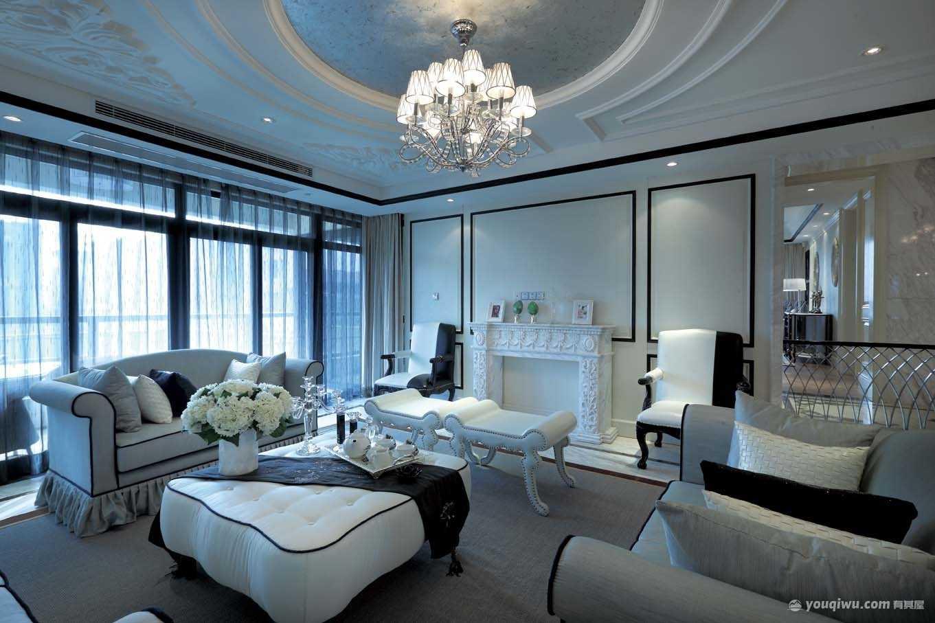 120平三室黑白欧式风格装修效果图
