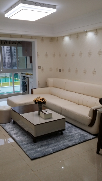 78平三室現代簡約風格裝修效果圖
