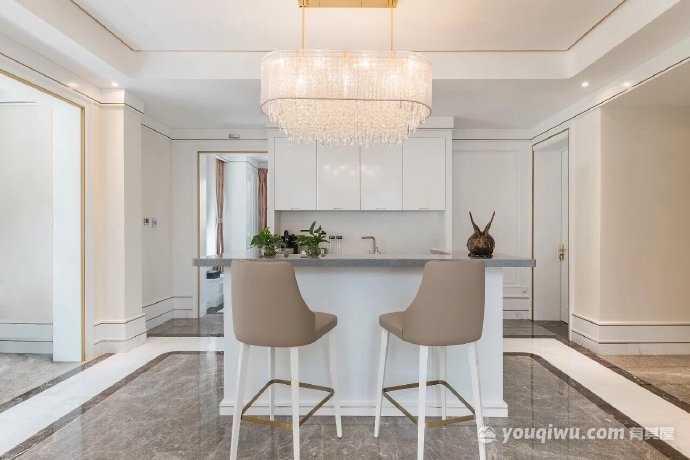 轻奢欧式别墅装修,米白色系尽显优雅